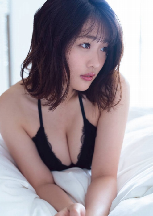 石田桃香 画像044